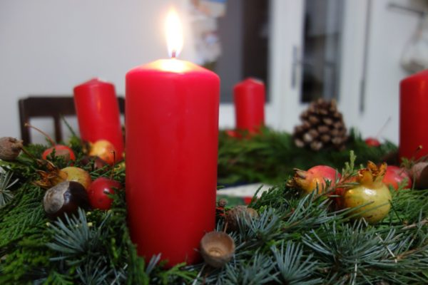 Advent, Advent – die Mama flennt